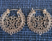 Balinese Outstanding Sterling Silver Traditional style earrings / 1.25 inch / Bali handamde jewelry / Silver 925
