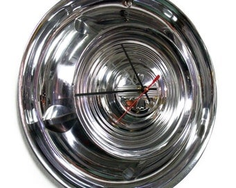 1958 Oldsmobile Hub Cap Clock - 58 Olds Classic Car Wall Decor - Retro Hubcap Garage Art