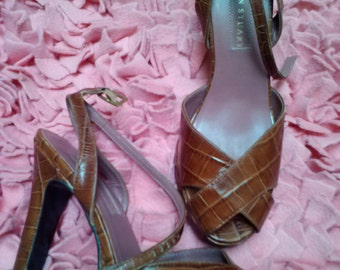 Im on Clearance...Peep Show...vtg 90's does 40's Colin Stuart Brown Croco Pin Up Peep Toe Ankle Strap Leather PLATFORM Heels...SZ 6.5