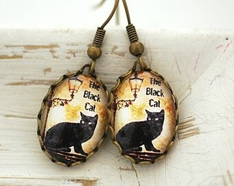 The black cat  Vintage Earrings