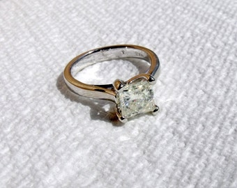 Engagement Ring - Solitare Moissanite Stone - 14k White Gold- Stunning - RF621