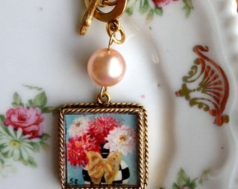 Flowers and Checks Necklace ~ Pink Pearl and Gold Chain Necklace,