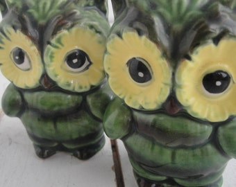 Vintage Lefton Owl Salt Pepper Set