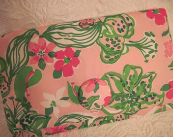 Lilly Pulitzer Pink & Green Lilly Clutch Purse Handbag