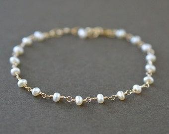 Delicate Pearl Bracelet / Gold Pearl Bracelet / Small Pearl Bracelet / Rosary Style / Beaded Pearl Bracelet / Delicate Bridal Jewelry