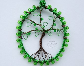 Emerald green tree pendant, wire tree pendant, tree of life pendant, green tree necklace