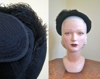 1940s back hat Stunning French velour felt hat with intricate stitching and ostrich plume