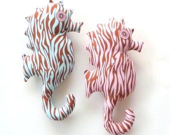 Seahorse Pillow - Pink Brown - Blue Brown - Zebra Stripes - Hand Made - Hippocampe - Shabby Chic - Beach House - HELENE-ALAIN - UNIQUE