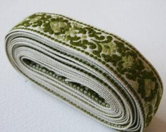Green Vintage Upholstery Trim Leafy Floral Motif Design
