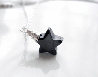 Black Star Necklace In Sterling Silver. Cubic Zirconia Star, David Bowie, Modern Necklace, Everyday Jewelry, Wire Wrapped, Delicate, Dainty
