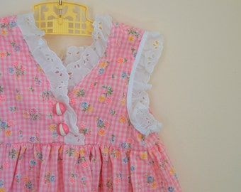 Vintage Girl's Pink and White Gingham Floral Print Dress - Size 6 or 7