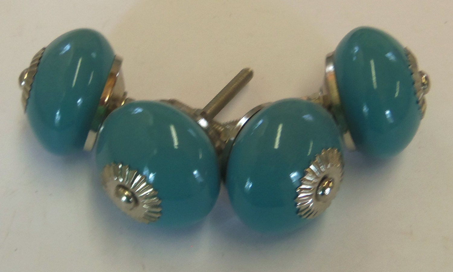 Free shipping 4 drawer pulls aqua turquoise ceramic knobs big for Turquoise door knobs