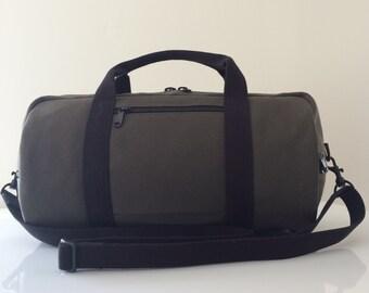 Canvas Duffle bag, duffle bag, vegan duffle bag, small duffle bag, duffel bag, small duffel bag, zippered pocket duffle bag, patzbag duffel