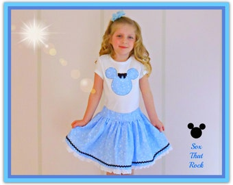 Minnie Mouse twirly skirt & shirt set in blue star calico, perfect for Disney, Disney Cruise, Minnie Mouse Birthday party