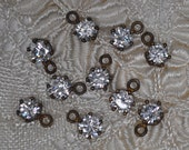Vintage Paste Drops or Charms 6 mm Vibrant Stones Dark Gold Toned 4, 10 or 20 Pieces