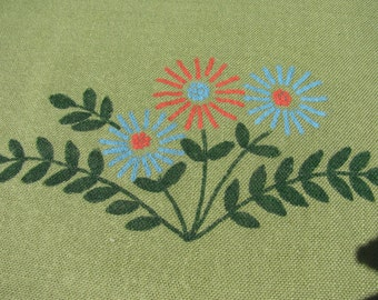 """Tablecloth Sage Green 48"""" by 60"""" w/ Blue and Red Daisies"""