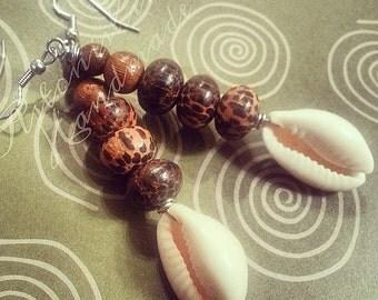 CoCo Wood & Cowrie Dangle Earrings