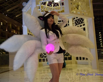League of Legends/Ahri Light-Up Orb of Deception Cosplay Prop