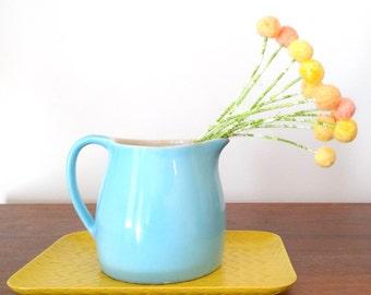 Peach felt flowers - Wool pom pom flowers - Felted balls - Yellow pompoms - Nursery decoration - Spring Flowers - Daffodils, dandelions