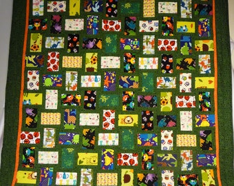 Eye spy kids quilt with lots of animals (and a few bugs!)