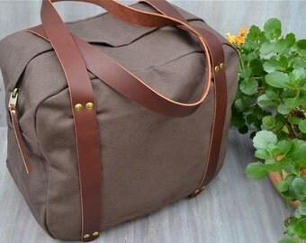 MERCER STREET Original Design, Hand Made, Mens Canvas Bag, Mens Duffel Bag, Canvas Duffel Bag, Womens Canvas Bag, Green Canvas Duffel Bag