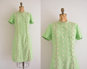 vintage 1960s dress / 60s green lace dress / 1960s dress