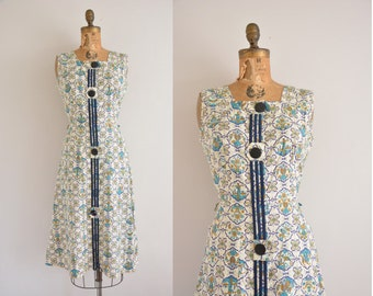 vintage 1950s dress / 50s novelty print dress / 50s cotton frock