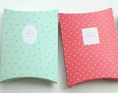 2 Lovely Gift Boxes - L size (10.6 x 14.4in)
