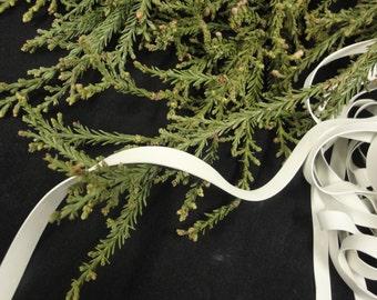 "25 yards of white 1/4"" Wide ( 6.3mm ) Rubber Swimwear Elastic/ dance wear elastic/ rubber elastic"