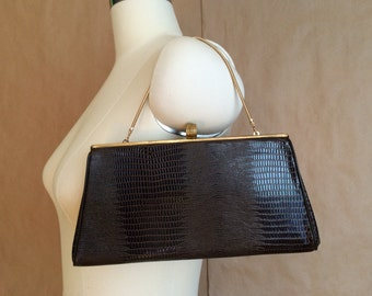 60's mod alligator clutch / dark brown purse / gold tone hardware / vintage handbag