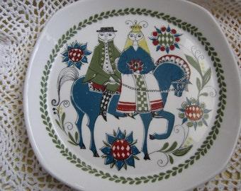 Norwegian Wedding  Plate by Saga Vintage
