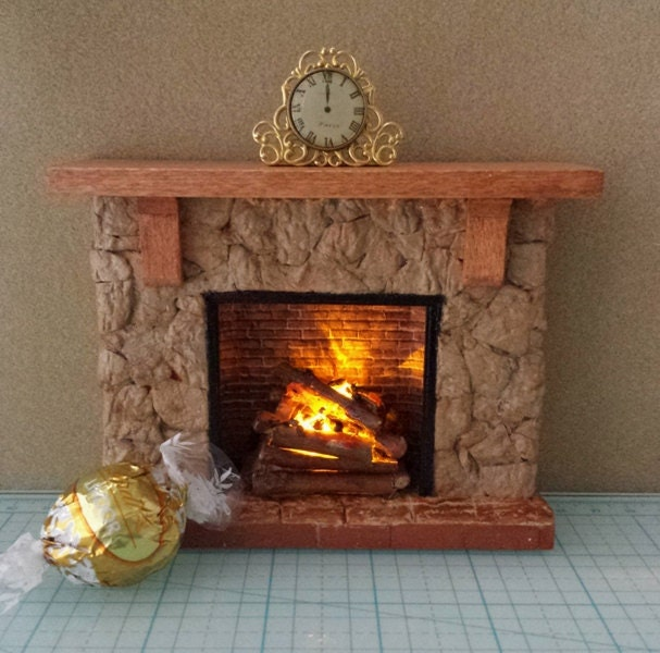 dollhouse battery operated lit logs with flickering leds