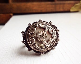 Big Gothic Flower Ring / Adjustable / Chunky Boho Hippie Jewelry / Victorian Steampunk Bohemian / Vintage and Handmade Button Jewelry