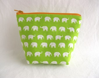Green and Cream Elephants Trapezoid Zipper Pouch