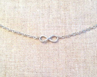 Petite Twisted Infinity Pendant Necklace in Silver