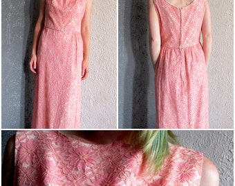 Vintage 50/60s Pink Embroidered Floral Lace Floor Length Jackie O Dress S/M First Lady Halloween Costume