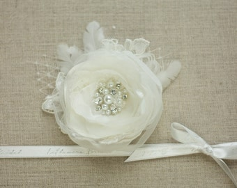 Ivory Bridal hair flower, Wedding flower hair clip, Bridal flower headpiece, Bridal accessories