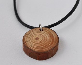 Delightful Natural Pine Wood Necklace