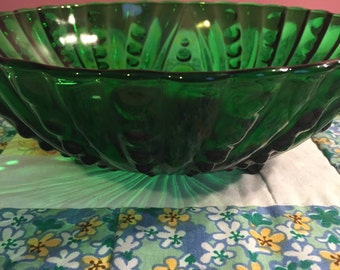 Vintage Emerald Green Bubble Glass Serving Bowl by Anchor Hocking Made in The USA #2093