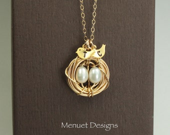 Mother Wife Necklace/Personalized Gold Bird Nest Jewelry/Monogram Initial Bird Pendant/Freshwater Pearl/Gift for Mothers/ Eggs 1 to 5