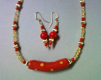Red and Light Orange Necklace and Earrings (262)