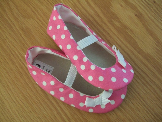 pink polka dot mary janes with bows for baby girls size 6/ 18-24 months