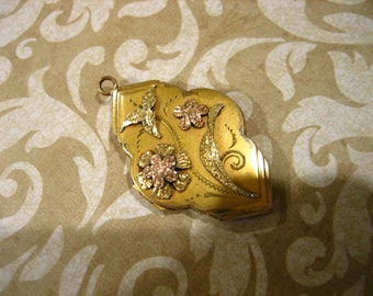 Art Deco Gold Filled Locket w Raised Floral Design