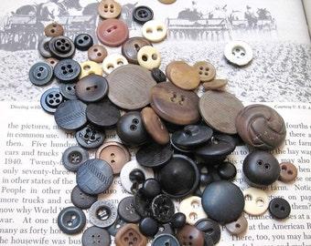 Vintage Button destash Primitive Ulitity Work Clothes Denim Old Buttons Head Light