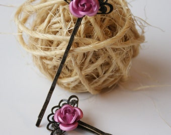 Filigree Fan Bobby Pin with Vintage Pink Metal Roses