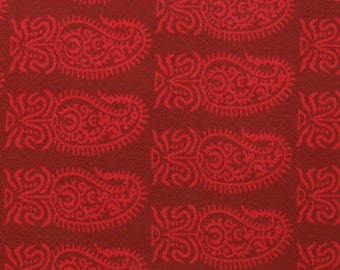 Indian Printed Cotton Fabric - large red paisley print on reddish brown - 1 yard - ctbl019