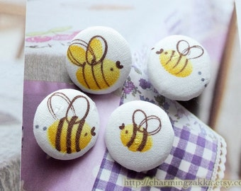 Fabric Covered Buttons (M) - Sweet Flying Wee Bees (4Pcs, 0.75 Inch)