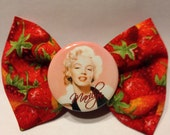 Marilyn strawberry bow