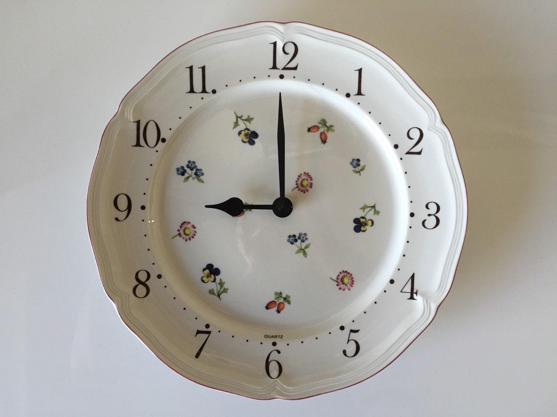 villeroy and boch petite fleurs pattern clock bone china. Black Bedroom Furniture Sets. Home Design Ideas