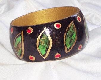 SALE 5.00 Black Leaf Pattern HANDPAINTED Wooden Bracelet * Bangle * One of a Kind * OOAK
